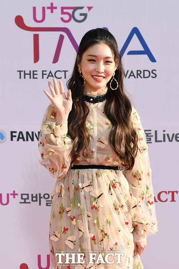 「U+5G THE FACT MUSIC AWARDS」(略:TMA)が24日、韓国・仁川にある南洞体育館にて開幕した。写真は女性ソロアーティストのCHUNG HA(チョンハ)。|撮影:THE FACT写真映像企画部