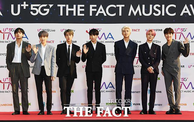 「U+5G THE FACT MUSIC AWARDS」(略:TMA)が24日、韓国・仁川にある南洞体育館にて開幕した。写真は男性ヒップホップグループBTS(防弾少年団)。|撮影:THE FACT写真映像企画部