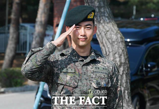 2PMのメンバーで俳優のテギョンが16日、韓国の陸軍から除隊した。|撮影:キム・セジョン