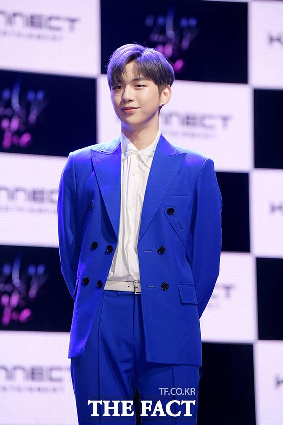 韓国歌手のカン・ダニエルが25日、ソウルでファースト・アルバム「color on me」の発売を記念する会見を行なった。|撮影:イ・ソナ