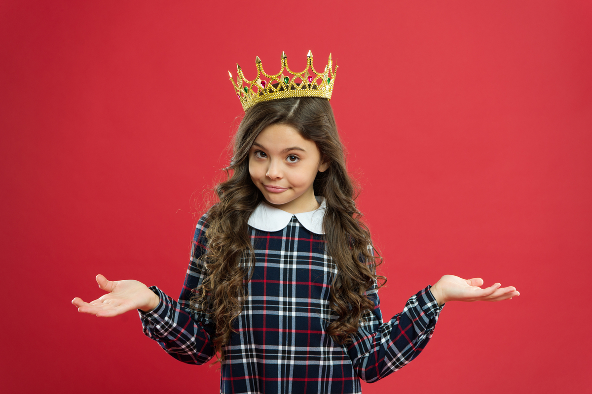 よその子を叱るのは、その家庭の育児を否定する?「マナーの悪い子」への対処、正解とは