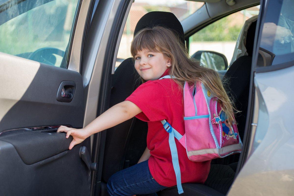 子供が小学生に上がっても送り迎えしたい「私って過保護なの?」