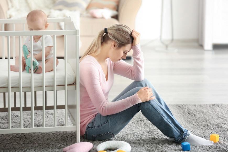 ワンオペ育児 見えにくい「メンタル面の問題」7つ