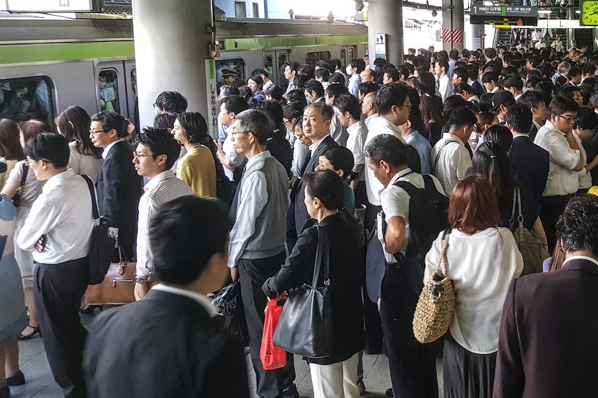 鉄道の混み具合を示す混雑率とは何か