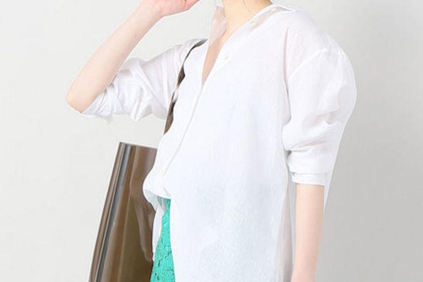 初夏の爽やかレディにオススメする「白のリネンシャツ」5選