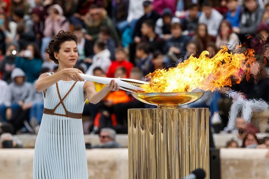 """オリンピック閉会式の定番、""""世界一長い""""ギリシャ国歌の意味は?"""