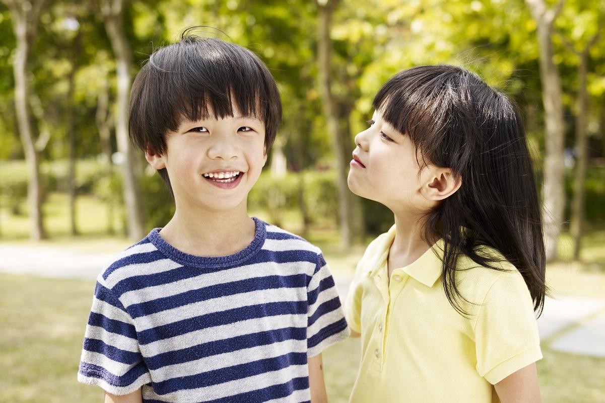 子どもに初めての恋人! そのときママとパパの対応はどう違う?