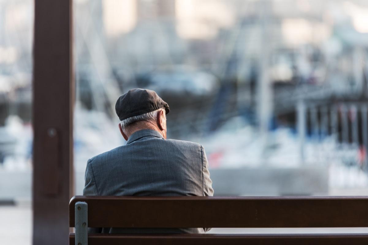 増加する孤独死と高齢者の賃貸契約問題、対策は待ったなし!