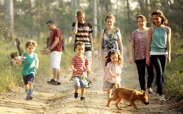 ドキュメンタリー映画『いのちのはじまり:子育てが未来をつくる』