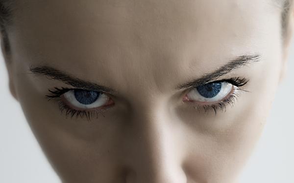 コワッ! って私も…? 女性に潜む「イヤな女」の部分【シリーズ・モンスターワイフ 第1回】