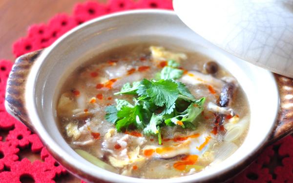 酸辣湯 レシピ制作:管理栄養士 長 有里子