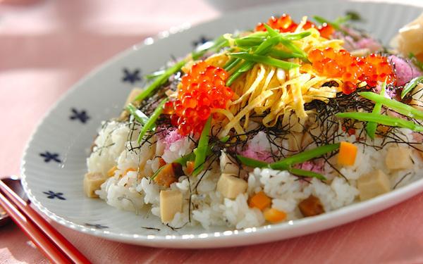 栄養たっぷり! キュートなひな祭りのちらし寿司