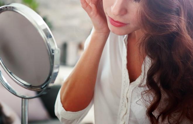 1分で顔のむくみを撃退! 美肌効果もある、スペシャル小顔ケア法