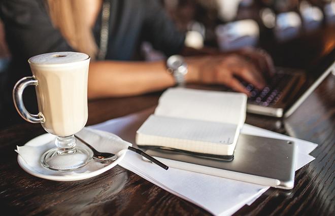午後の作業がはかどる「カフェインナップ」とは?