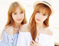 米国育ちのCoCoと学生時代を日本で過ごしたSoRiによる、日本語、英語、韓国語を操るK-POPアイドル「CoCoSoRi」が、8月16日、日本1stシングル「愛しのマーメイド」をリリースする。(C)M.O.L.E&IMX