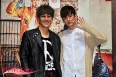 左から俳優キム・ナムホ、「TEENTOP」チョンジ
