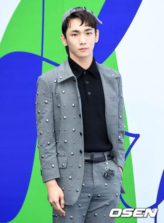 韓国ボーイズグループ「SHINee」メンバーのキーが、「M COUNTDOWN」を卒業することになった。(提供:OSEN)