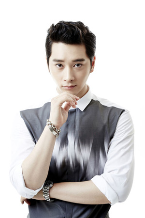韓国アイドルグループ「2PM」チャンソンがKBS新水木ドラマ「7日の王妃」に出演する。(提供:OSEN)