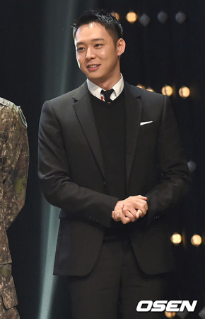 韓国男性グループ「JYJ」のメンバーで俳優のユチョンに結婚説が浮上した中、所属事務所側が「確認中」と明らかにした。