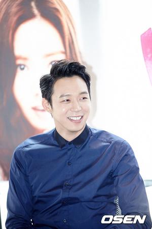 韓国ボーイズグループ「JYJ」メンバーのユチョンが13日、ことしの秋に結婚すると発表した。(提供:OSEN)