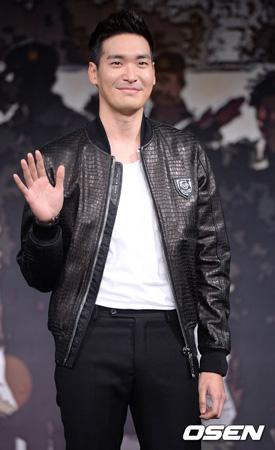 韓国俳優チョン・ギョウン(34)が熱愛中だ。