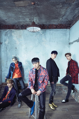 「TEENTOP」、HANTEO・gaon週間アルバムチャート1位獲得! (提供:news1)