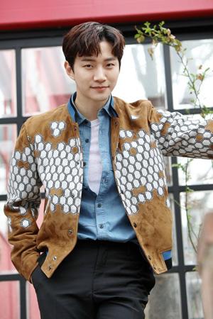 韓国アイドルグループ「2PM」ジュノが話題の清潭洞(チョンダムドン)の自宅を公開する。(提供:news1)