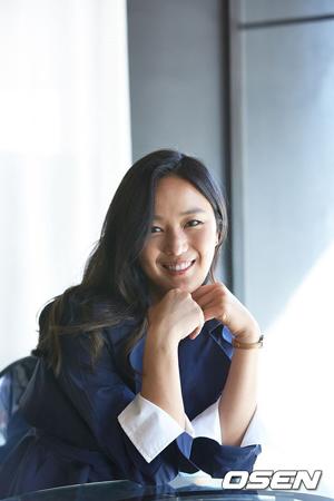 韓国女優ユン・ジンソ(33)側が4月の結婚に関する公式立場を明かした。