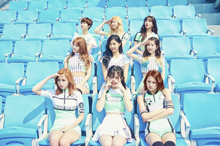 韓国ガールズグループ「TWICE」の「CHEER UP」が冷めない人気を誇っている。(提供:news1)