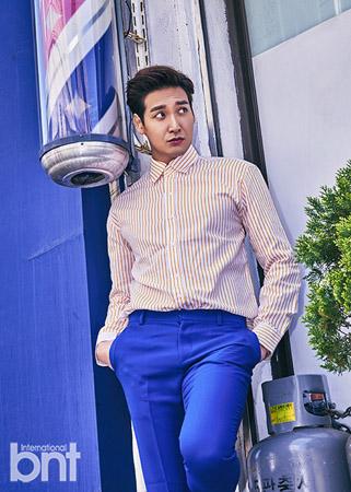 柔らかい微笑みを持つ韓国俳優チョン・ギョウン(34)が雑誌bntとのファッション画報を公開した。(提供:OSEN)