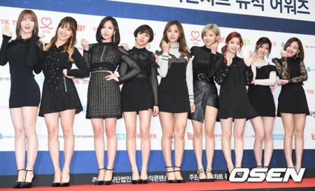 韓国ガールズグループ「TWICE」が新曲のミュージック(MV)撮影を終えた事実がわかった。(提供:OSEN)