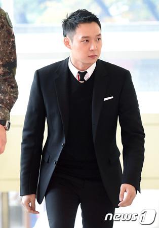 韓国ボーイズグループ「JYJ」メンバーのユチョン(30)が、母方の祖母を亡くした。(提供:news1)
