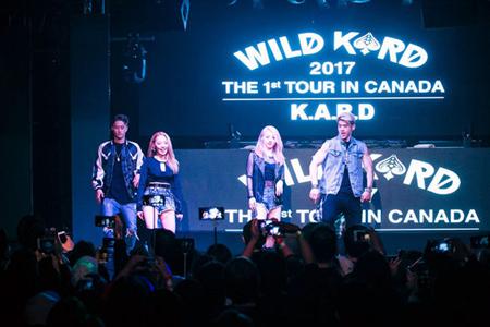 韓国の男女混声グループ「K.A.R.D」が、海外で絶大な人気を博している。(提供:OSEN)