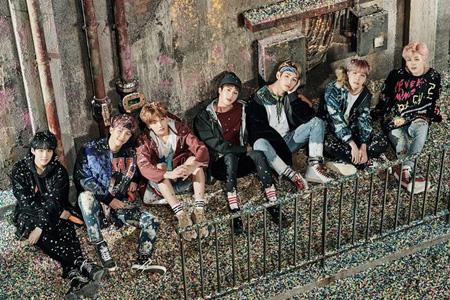 韓国アイドルグループ「防弾少年団」が米国ビルボード・ミュージック・アワード(Billboard Music Awards)に公式招待され、K-POPグループで初めて授賞式に参加することがわかった。(提供:OSEN)