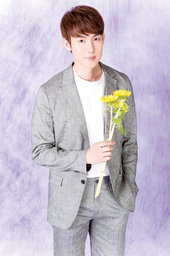 6月に日本ファンミ開催、俳優ユ・ヨンソク「皆さんと一緒に楽しい時間を過ごせるよう準備している」。(C)MENTOR Co.Ltd.,