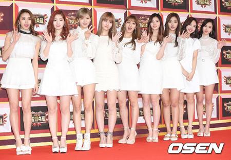 韓国ガールズグループブランド評判の5月ビックデータ分析結果、1位が「TWICE」、2位は「Red Velvet」、3位が「EXID」となった。(提供:OSEN)