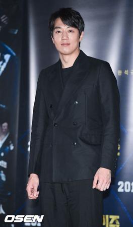 韓国俳優キム・レウォン(36)側が映画「ガーディアンズ・オブ・ギャラクシー:リミックス」の鑑賞写真問題について、立場を明らかにした。