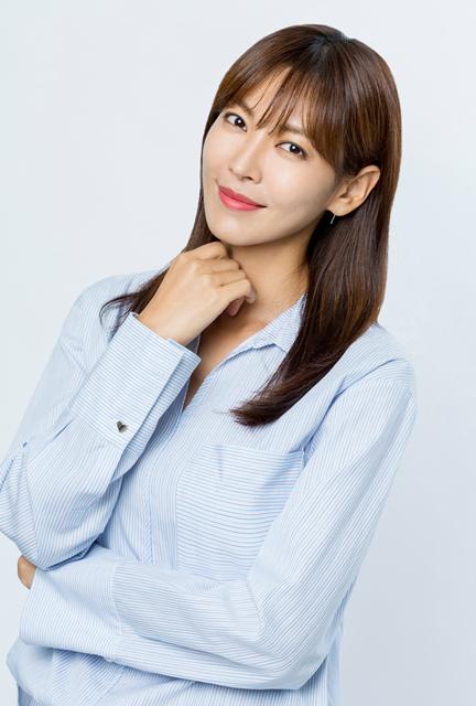 女優キム・ソヨン(オフィシャル)