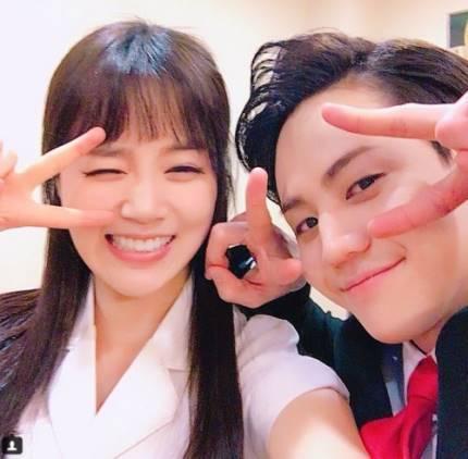 韓国アイドルグループ「Highlight」ヤン・ヨソプ(27)とミュージカル女優シン・ゴウン(31)に熱愛説が浮上した。そんな中、双方が公式立場を明かした。(提供:news1)