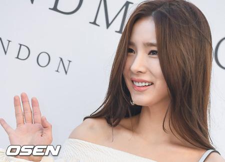 女優シン・セギョン、ナムアクターズと再契約へ 「無限の信頼」