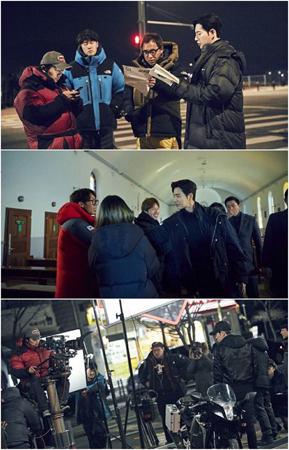 韓国ドラマ「マンツーマン」に出演の俳優や制作陣が、最終回は1000人のファンと共に視聴することになった。(提供:OSEN)