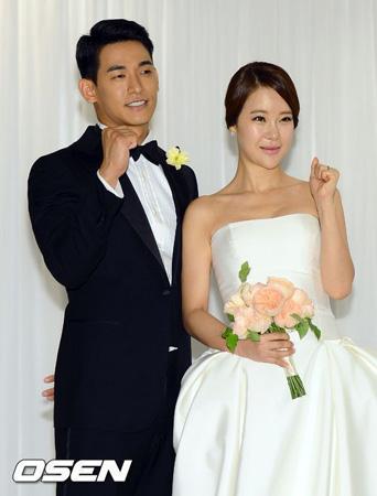 歌手ペク・チヨン‐俳優チョン・ソグォン夫妻に第一子が誕生! (提供:OSEN)