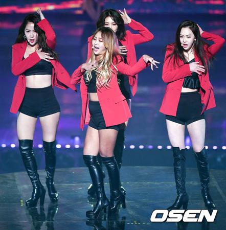 韓国ガールズグループ「SISTAR」の所属事務所STARSHIPエンターテインメントが解散を公式に認めた。(提供:OSEN)