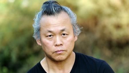 KimKiDukFilms所属の監督で今作のプロデューサーを務めるキム・ドンフ監督が、映画「人間の時間」について初の公式発表をおこなった。写真はキム・ギドク監督。(提供:news1)