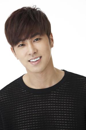 韓国の人気グループ「東方神起」ユンホ(31)がドラマで復帰する。(提供:news1)