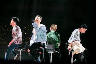 「BIGBANG」、約半年ぶりのステージ! スペシャルファンイベントドームツアー開幕(オフィシャル)