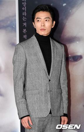 韓国俳優キム・ジェウク(34)がFA市場に乗り出す。