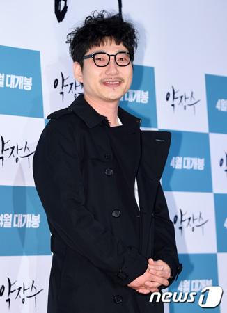 韓国俳優チョン・ウンテク(41)が16歳年下の女優と8月に挙式する。