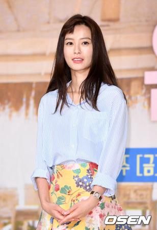 女優チョン・ユミ、ドラマ「品位のある彼女」に特別出演へ(提供:OSEN)