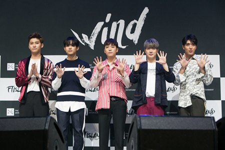 米ビルボードが、韓国バンド「FTISLAND」のデビュー10周年を祝う記事を掲載した。(提供:OSEN)